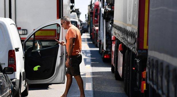 Autostrade, il governo: in 7 giorni nuovo piano con il taglio dei pedaggi