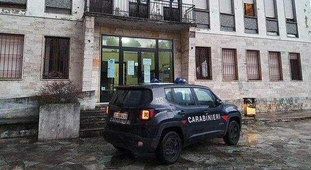 Massa Carrara, vantaggi coop in cambio di assunzioni: arresti per corruzione, c'è anche sindaco Lunigiana