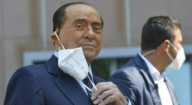 Berlusconi, Ruby ter, udienza rinviata per la sesta volta: accolto legittimo impedimento per il ricovero