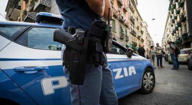 Choc in clinica: fotografie hot e molestie su bimbe autistiche Arrestato fisioterapista a Posillipo