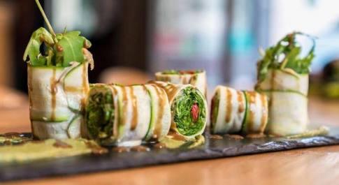 Dieta vegetariana, un uomo su dieci mangia solo verde