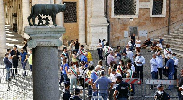 Elezioni comunali, 9 impresentabili: quattro sono a Roma. In Calabria l'unico è Mimmo Lucano