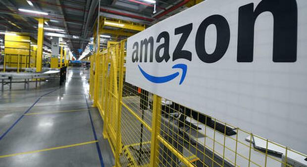 Amazon cresce nel Centro-Sud e aumenta le buste paga da ottobre