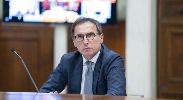 Covid, il ministro Boccia: «Sempre pronti a chiudere a zone, il Paese non sottovaluti il virus»