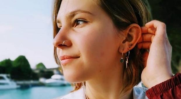 Annegata nel lago di Garda, oggi il funerale di Silvia. La struggente lettera del papà