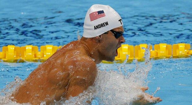 Andrew, l'atleta Usa no-vax nella bufera: «Non mette neanche la mascherina»