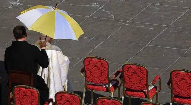 Sinodo, cardinali non salutano il Papa a causa della comunione ai divorziati