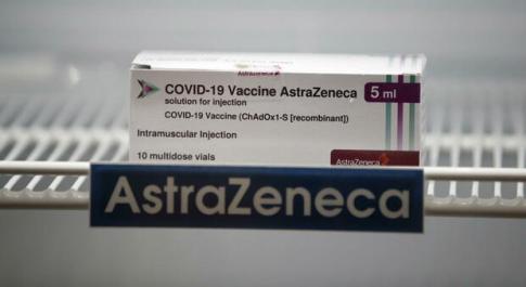 AstraZeneca: «Nessun aumento del rischio per embolia o trombosi»