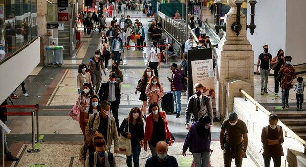 Treni, la Lombardia: «Su nostre linee utilizzabile 100% dei posti»