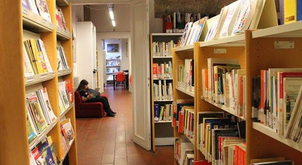 Roma, riaprono 12 biblioteche comunali: scelta dei volumi online