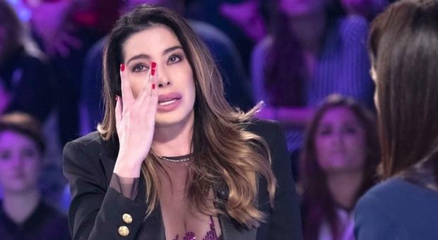 Aida Yespica, il dramma a Verissimo: «Non vedo mio figlio da 4 mesi». E accusa l'ex Matteo Ferrari