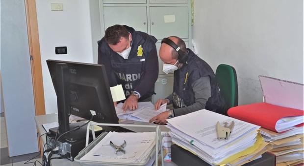 Maxi truffa alla Asl di Teramo, tra i 7 indagati un ex dirigente medico. Sequestrati beni per 260 mila euro