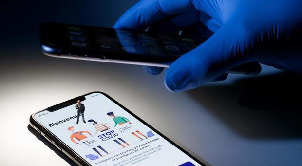 App Immuni, da oggi si scaricare da Apple e Google: è attiva in 6 regioni, cosa c'è da sapere
