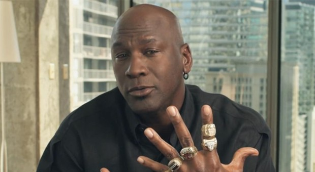 Minneapolis, Michael Jordan: «Ne abbiamo abbastanza»