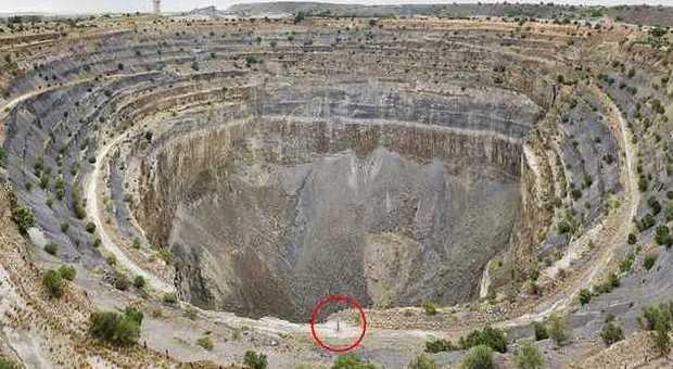 Sudafrica crateri giganti per raccogliere una quantit di for Sud africa immagini