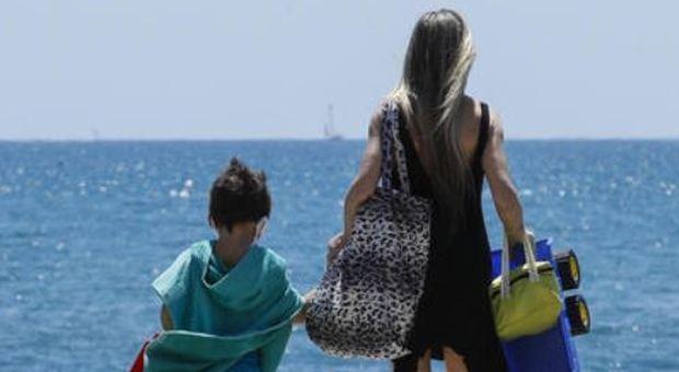 La prova costume al mare e la bocciatura dei figli