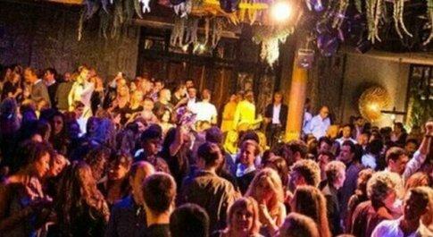 Festa in discoteca e focolaio, locale Papi on the Beach chiuso dalla polizia per 75 giorni