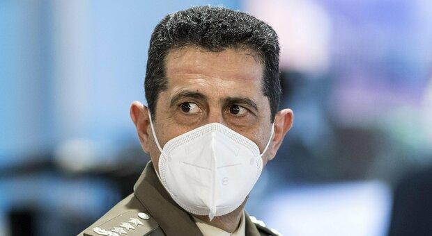 Vaccini, commissario Figliuolo: «Momento di svolta o perderemo tutto. Con dosi in massa si potrà fare fuoco con tutte le polveri»