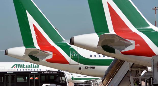 Alitalia, vince il no: la compagnia è in vendita