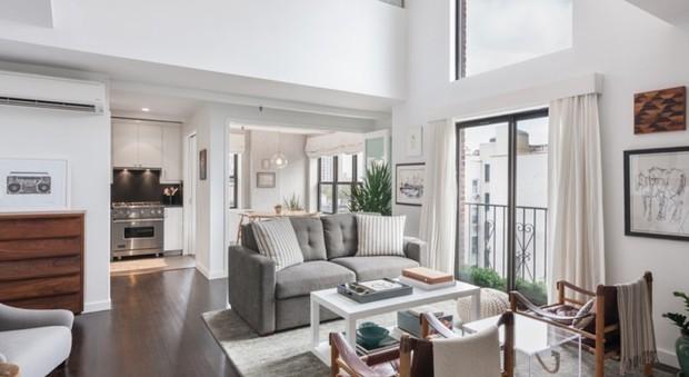 """Alexis Bledel: l'attrice di """"Una mamma per amica"""" ha venduto il suo attico newyorchese"""