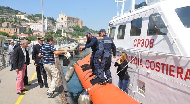 Ricerche peschereccio Rosinella, il pm Marina Marra si imbarca per il sopralluogo