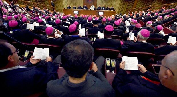Vaticano, niente voto alle donne al Sinodo. Il cardinale Grech: «Invochiamo lo Spirito Santo»