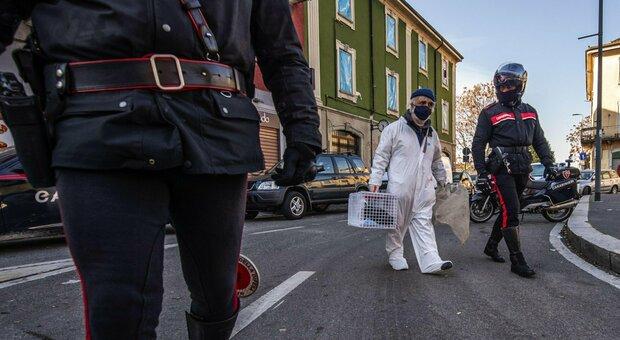 Milano, accoltella moglie e suocera 90enne e poi chiama il 118: le donne sono gravissime
