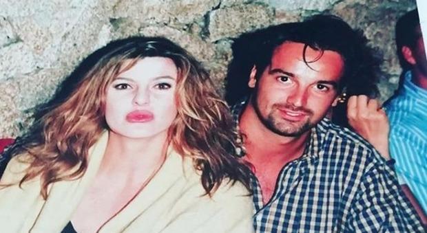 Alba Parietti e la foto del '94 con Giovanni Ciacci, il capo-tutor di Detto Fatto: boom social