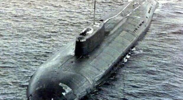 Kursk, 20 anni fa la tragedia del sottomarino russo: 118 vittime e tante domande senza risposta