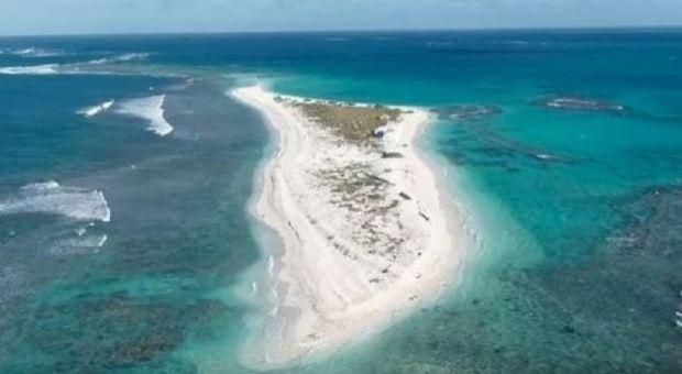 East Island sparita: l'isola delle Hawaii cancellata dall'uragano Walaka