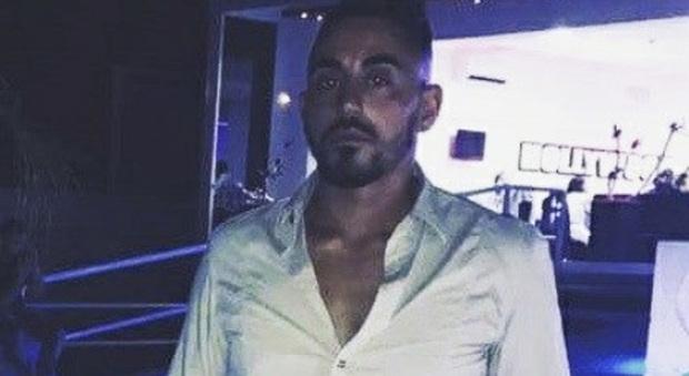 Bimbo ucciso con la scopa: chi è Tony, italo-tunisino fermato per l'omicidio. I vicini: «È un bravo ragazzo»