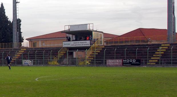 Blitz dei ladri allo stadio Fadini: rubate due lavatrici