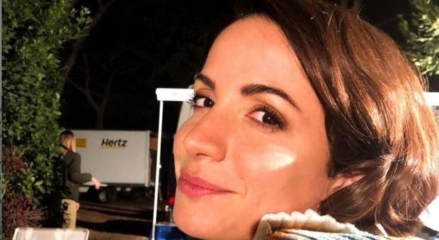 Andrea Delogu sbotta su Instagram: «Non sono Elena e non tolgo la foto». Cosa è successo