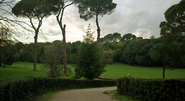 """Roma, nei parchi arrivano i """"punti sport"""": docce e spogliatoi"""