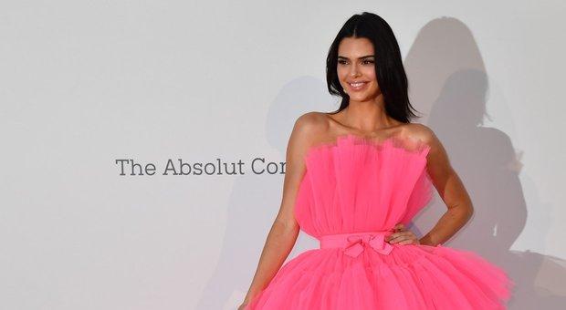Giambattista Valli annuncia la collaborazione con H&M: a Cannes le testimonial Kendall Jenner e Chiara Ferragni