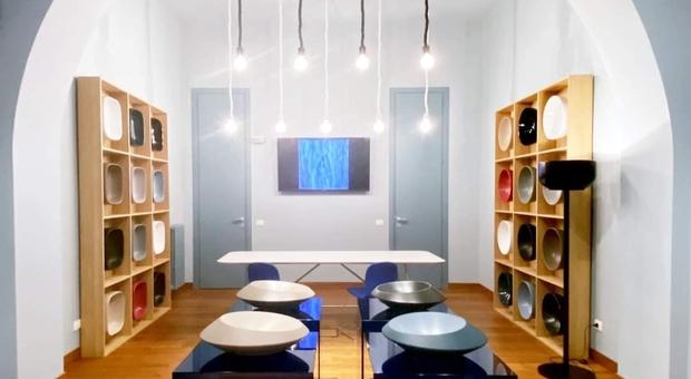 Salone del mobile tra bellezza, innovazione e sostenibilità: la ceramica vola alto