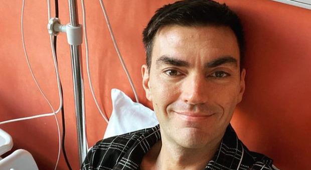 Gabry Ponte operato al cuore: «Ho una malattia congenita, purtroppo degenerativa. Mandate energia positiva!»