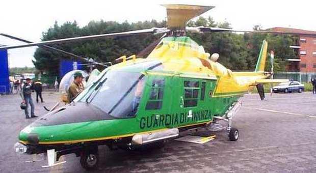 Amianto in elicotteri gdf e hangar: stop e sigilli a Pratica di Mare, Napoli, Catania e Palermo