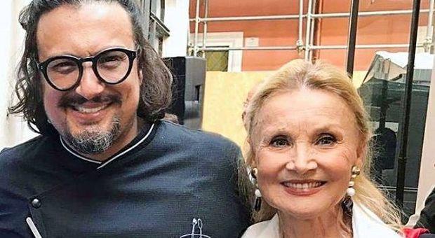 Verissimo, Alessandro Borghese: «Io e mia mamma Barbara Bouchet ricevemmo minacce di rapimento»