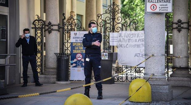 Milano, la strage degli anziani: perquisito il Trivulzio, inchiesta sulla Regione