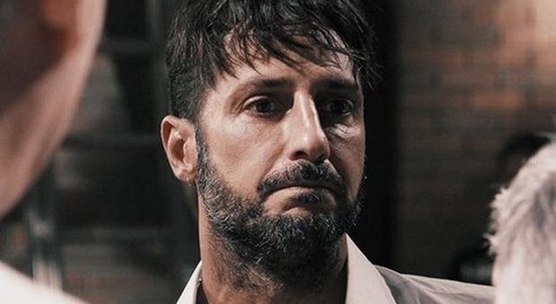Fabrizio Corona arriva a Piacenza, il Telefono Rosa rifiuta la donazione