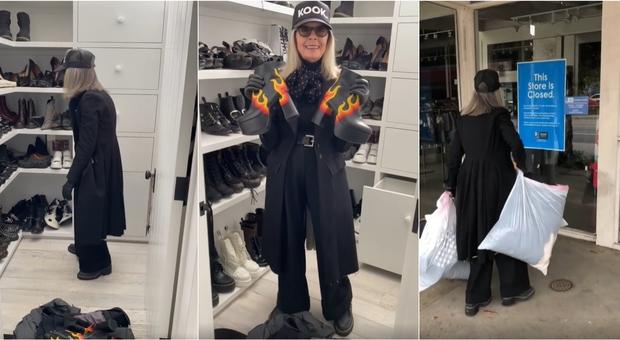 Diane Keaton svuota l'armadio su Instagram: «Tutta questa roba non mi serve»
