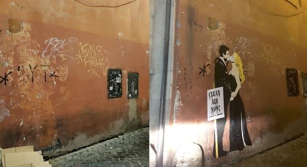 Sui muri di Roma si cancellano le opere d'arte ma non gli scarabocchi