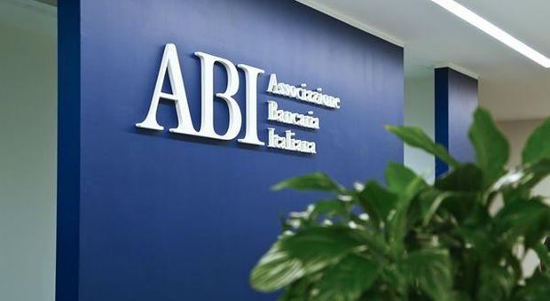 """ABI: """"A maggio in aumento prestiti bancari a famiglie e imprese"""""""