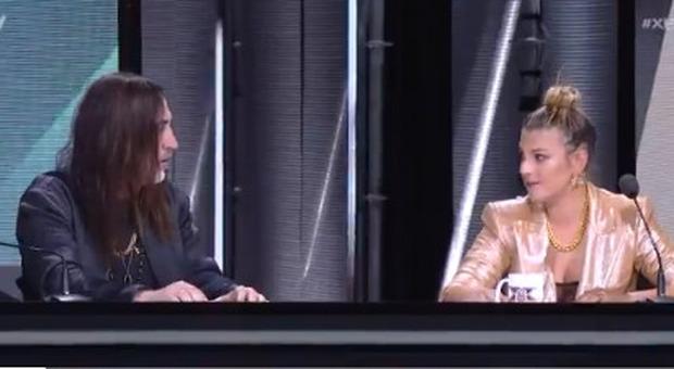 X Factor, Emma litiga con Manuel Agnelli e poi si scusa: «Ho detto una ca**ata»