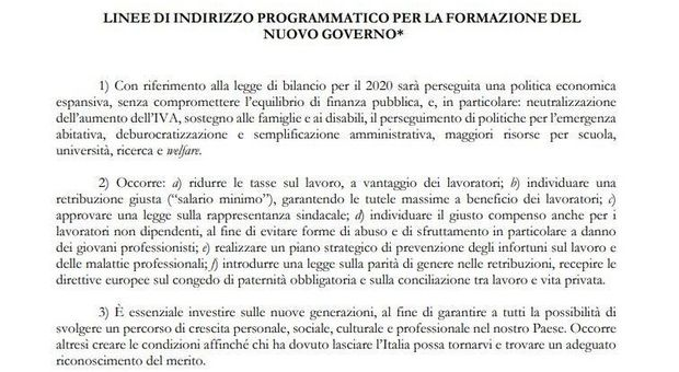 Governo, ecco il programma diffuso da M5S: 26 punti, dall'Iva a Roma
