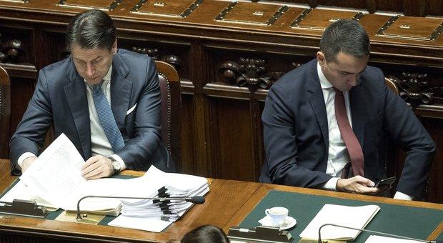 Di Maio: Conte schiacciato sul Pd. E i democrat: M5S dovrà piegarsi
