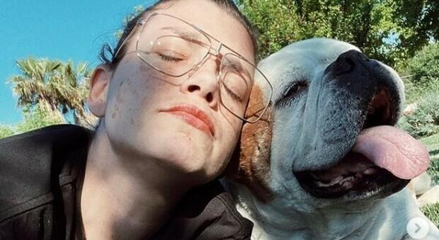 Emma Marrone, morto il cane di famiglia: «Ciao Gaetano, sei stato uno dei regali più belli»