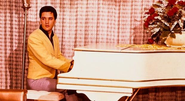 """Il piano di Elvis """"battuto"""" su eBay, il portale fa concorrenza alle case d'asta"""