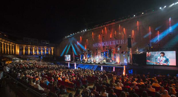 Musicultura 2020, anche i Pinguini Tattici Nucleari al festival della canzone popolare